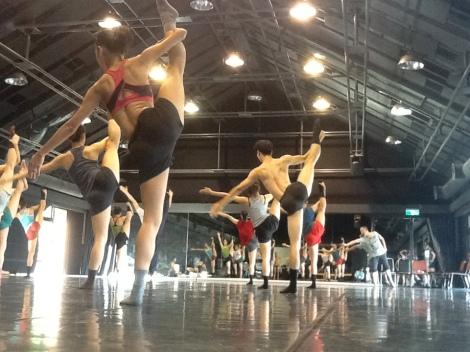 TNUA dancers in class